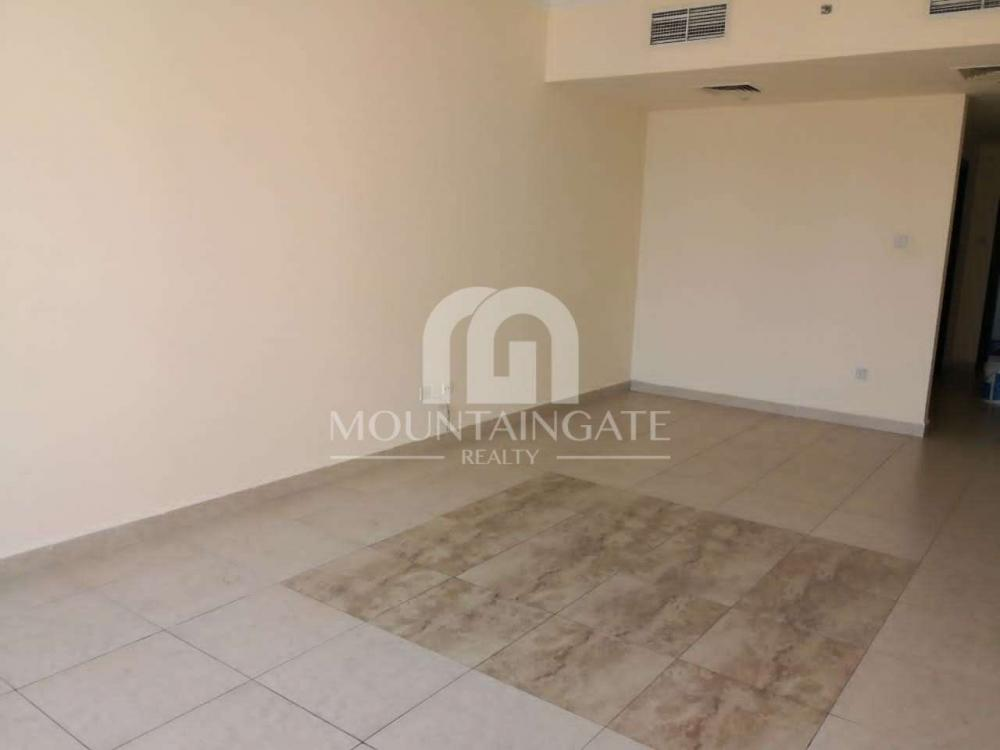 Amazing 1 BR with partial Sea View and 2 bathrooms