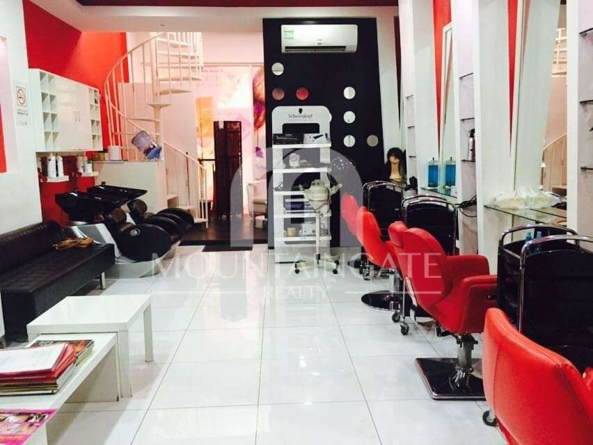 RUNNING BUSINESS-LADIES BEAUTY SALON FOR SALE